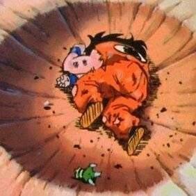 雅木茶经典姿势再出新样 这次死是在地毯上.....