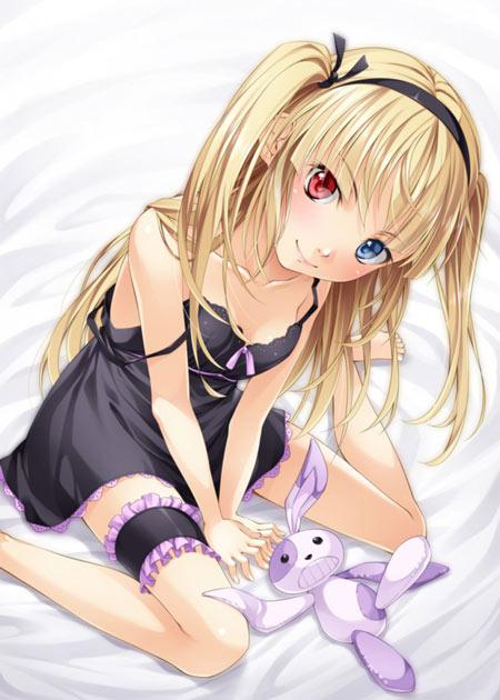 听话的妹妹羽濑川小鸠跪着的壁纸图片